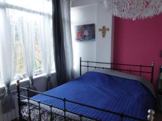 Продажа квартир: 2-комнатная квартира, Краснодарский край, Сочи, Благодатная ул., 98, фото 1