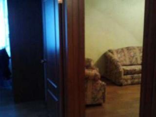 Снять 1 комнатную квартиру по адресу: Красноярск г ул Парашютная 76а