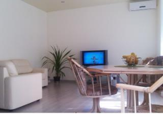 Продажа квартир: 1-комнатная квартира, Краснодарский край, Туапсе, ул. Пушкина, 35, фото 1