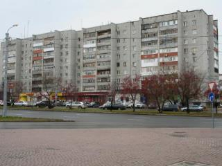 Продажа квартир: 2-комнатная квартира, Тюмень, ул. Циолковского, 15, фото 1