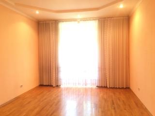 Продажа квартир: 4-комнатная квартира, Челябинск, ул. Богдана Хмельницкого, 15, фото 1