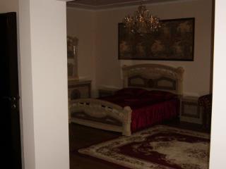 Продажа квартир: 1-комнатная квартира, Краснодар, ул. им Селезнева, 88/1, фото 1