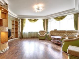 Продажа квартир: 3-комнатная квартира, Краснодар, ул. им Архитектора Ишунина, 69, фото 1
