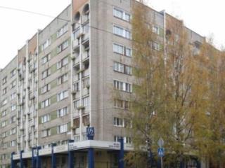 Продажа квартир: 3-комнатная квартира, Киров, ул. Карла Либкнехта, 37, фото 1