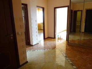Продажа квартир: 2-комнатная квартира, Краснодар, Гаражная ул., 1, фото 1