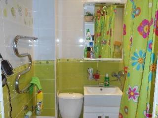 Снять 1 комнатную квартиру по адресу: Владикавказ г пр-кт Доватора 85