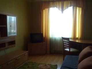 Аренда квартир: 1-комнатная квартира, Калининград, Кутаисский пер., 1, фото 1