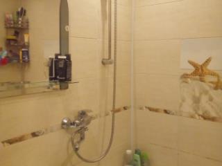 Купить 1 комнатную квартиру по адресу: Псков г ул Петрова 2