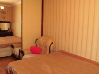 Продажа квартир: 3-комнатная квартира, Краснодар, ул. им Хакурате, фото 1