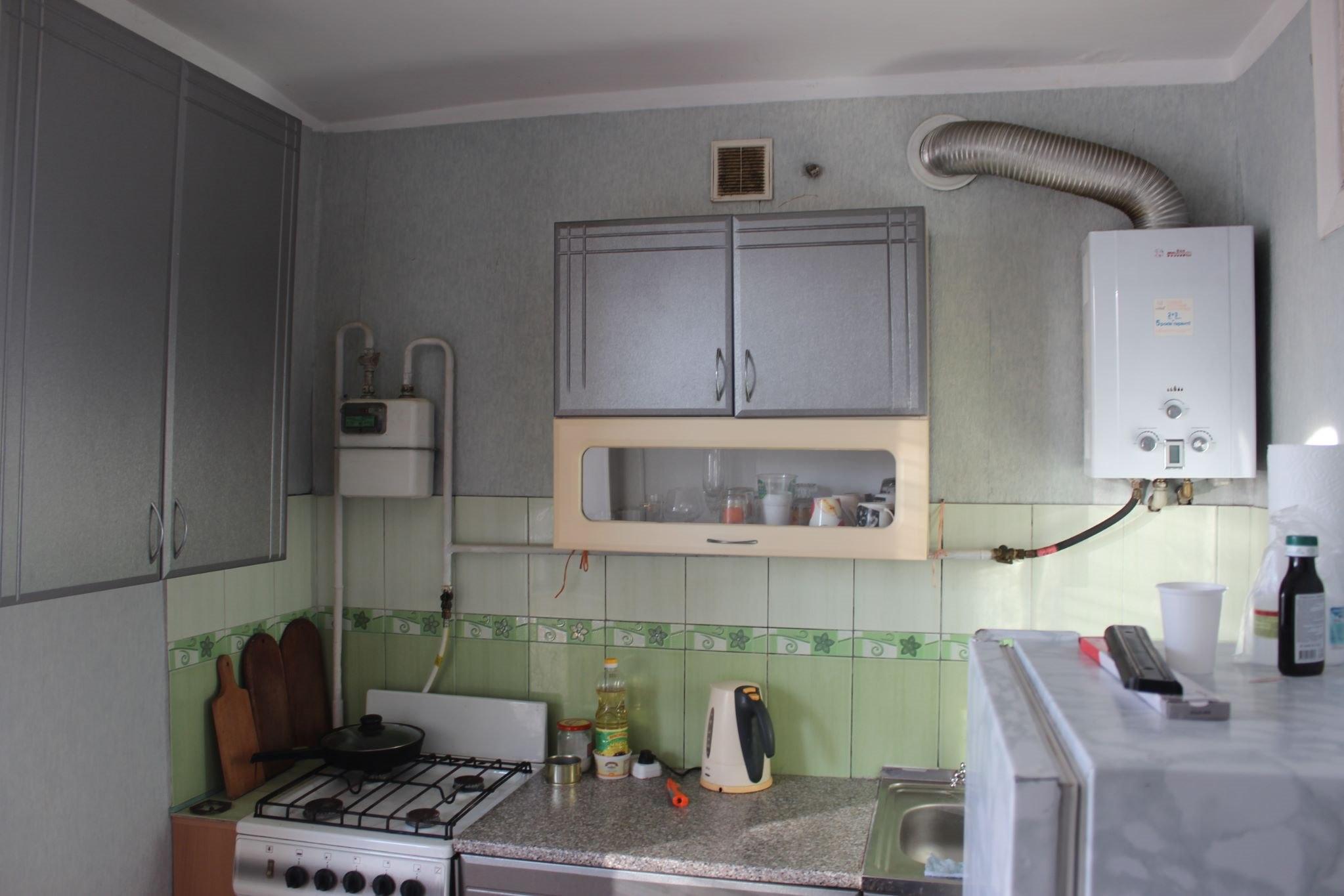 Продажа квартир: 1-комнатная квартира, республика Крым, Феодосия, пгт. Приморский, ул. Гагарина, 13, фото 1
