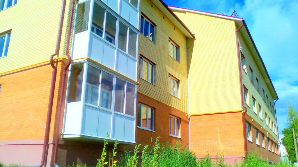 Продажа квартир: 3-комнатная квартира, Ярославль, пер. Заволжский 3-й, 3, фото 1
