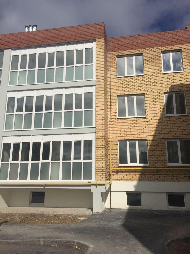 Продажа квартир: 2-комнатная квартира, Пермь, Гайвинская ул., 42, фото 1